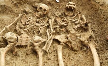 Doua schelete au fost descoperite \