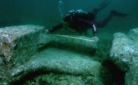Scafandrii rusi au descoperit in Marea Neagra \