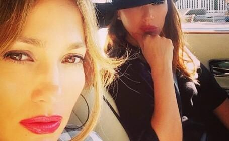 Jennifer Lopez, implicata intr-un accident rutier. \
