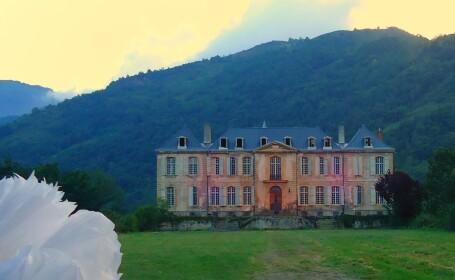 Misterul castelului francez abandonat, cu 94 de camere si vechi de sute de ani. Un cuplu il transforma in locuinta perfecta