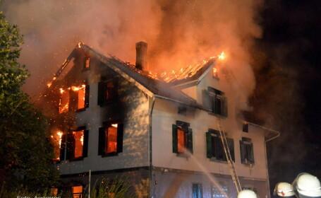 incendiu centru imigranti Germania