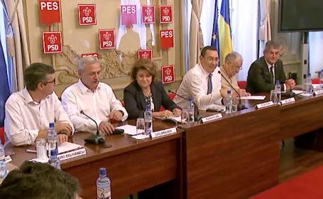 Social-democratii au cerut organizarea rapida a unui congres extraordinar. \