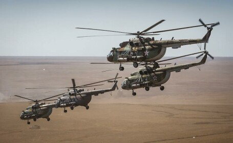 Rusia a declansat cel mai mare exercitiu militar din 2015. Simularea cu mai multi soldati decat Armata Romana. GALERIE FOTO