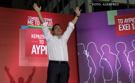 ALexis Tsipras bucuros la un miting electoral