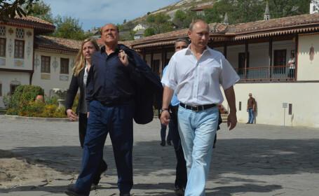 Putin si Berlusconi in Crimeea