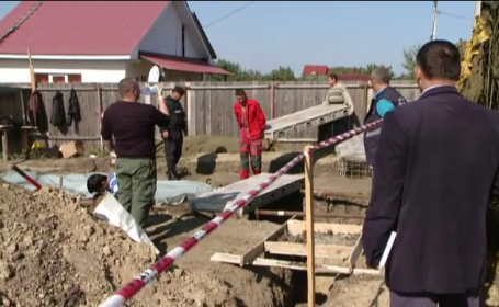 Descoperire sinistra in Iasi. Un barbat a aflat ca si-a facut casa pe o groapa comuna cu victime din Al Doilea Razboi Mondial