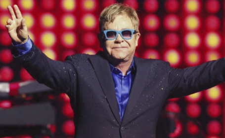 Vladimir Putin l-a sunat pe Elton John. Presedintele rus, dispus sa discute despre discriminarea homosexualilor