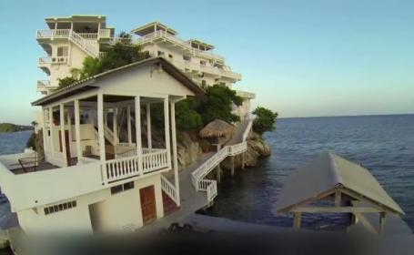 Hotelul luxos de 1.7 milioane de dolari ridicat in mijlocul Marii Caraibilor. Ce se ascunde sub constructia impresionanta