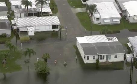 Uraganul Hermine ar putea lovi statul Florida cu valuri de 20 de metri. Localnicii, sfatuiti sa isi faca provizii