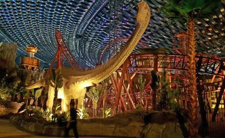 Dubaiul impresioneaza din nou. A inaugurat cel mai mare parc tematic acoperit