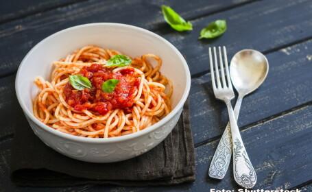 spaghete - SHUTTERSTOCK