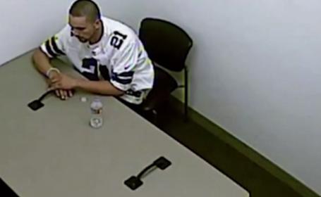 Momentul in care un suspect incatusat a reusit sa se elibereze si a evadat prin tavan. Ce a urmat. VIDEO