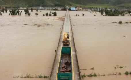 Inundatii devastatoare in Coreea de Nord. ONU: 100.000 de persoane au fost evacuate si 133 de oameni au murit