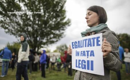 Filmul protestelor dupa votul Senatului in cazul Oprea. Fiul lui Gabriel Oprea: \