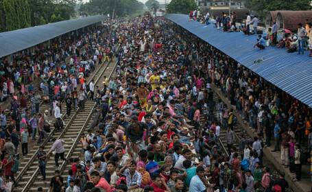 Musulmanii din Bangladesh sărbătoresc Eid Al-Adha