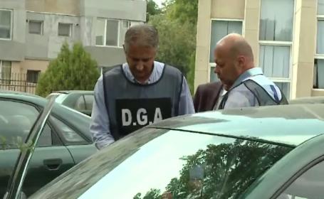 Profesorul din Cluj prins luând mită a fost reținut. 9 studenți, audiați de DGA