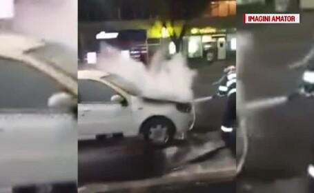 Un taxi a ars pe o stradă din Brăila. Care a fost cauza incendiului