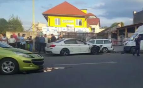 Patru mașini și o autoutilitară, implicate într-un accident în Sibiu
