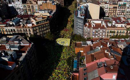 Jumătate de milion de oameni au cerut independenţa Cataloniei