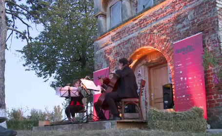Concert simfonic la un vechi conac boieresc, lângă Craiova. Banii vor fi folosiți pentru restaurare