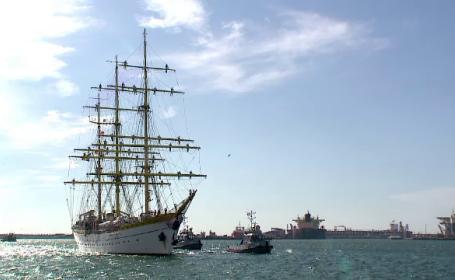 """Nava şcoală """"Mircea"""" s-a întors acasă după 4 luni de antrenamente pe mare"""