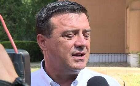 Niculae Bădălău (PSD): Poate premierul ar trebui să dea cu pumnul în masă