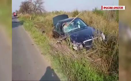 Manevră imprudentă pe un drum din Olt. Un bărbat a murit, iar o adolescentă a ajuns la spital