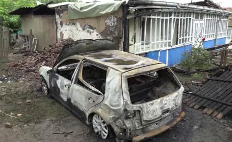 Motivul pentru care o tânără din Botoșani a incendiat mașina iubitului. Ce i-a spus apoi la telefon