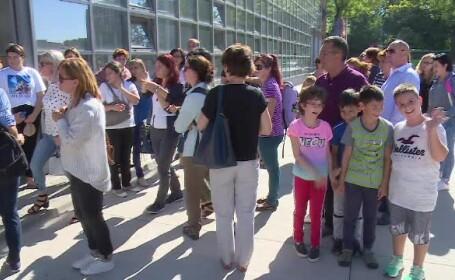 Proteste ale învăţătorilor, din cauza unei ordonanţe care-i împiedică să mai ţină ore de română