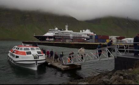 turisti Islanda