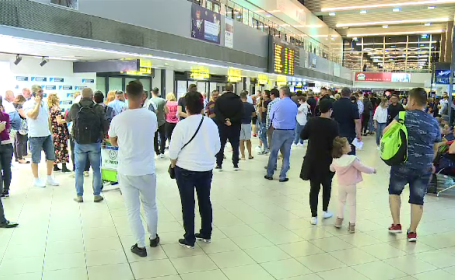 Un român care se știa infectat cu coronavirus a călătorit de la Madrid la Otopeni. Nu a respectat autoizolarea