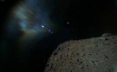 Prima poză făcută de un dispozitiv construit de oameni pe suprafaţa unui asteroid