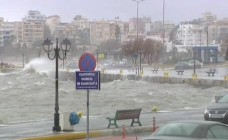 Un ciclon devastator ar putea lovi Grecia în week-end. Avertizare MAE pentru români
