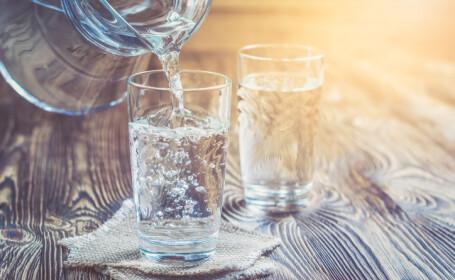 2 pahare de apa