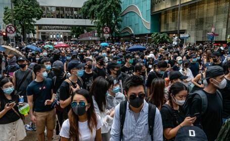 Cetățenii din Hong Kong nu mai pot purta măști în timpul protestelor