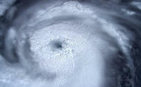 Uraganul Dorian, ridicat la categoria 5