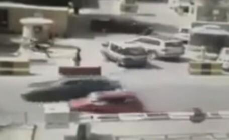 VIDEO cu atentatul de la Kabul. Momentul exploziei surprins de camere