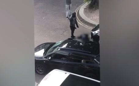 S-a împușcat în timp ce vandaliza o mașină