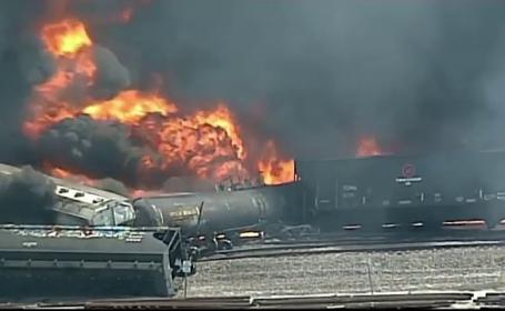 Stare de alertă, după ce un tren a luat foc. Mai mulți copii, evacuați din școli