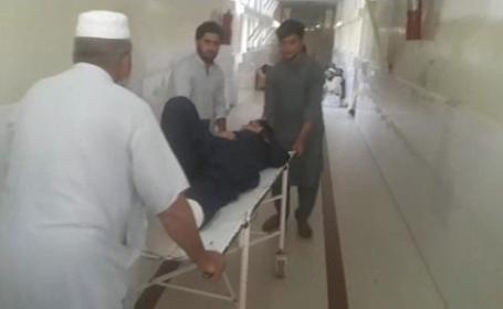 Nou atac în Afganistan, soldat cu 10 morți și 85 de rănți. Un spital a fost distrus