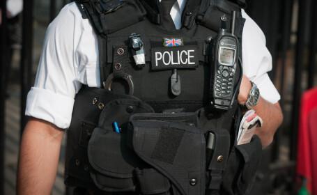 O armă inspirată din Spiderman ar putea ajunge în dotarea poliției britanice. VIDEO