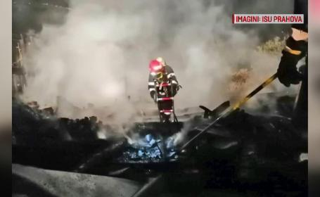Două case făcute scrum într-o localitate din Prahova. De la ce a pornit incendiul