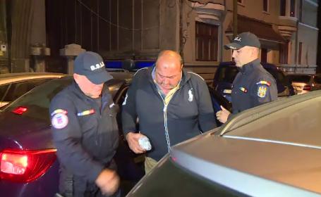 Şeful SPCRPCIV Giurgiu şi primarul din Valea Dragului, reţinuţi în dosarul permiselor
