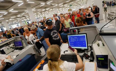 Falimentul Thomas Cook. Zeci de mii de turiști, blocați în aeroporturi