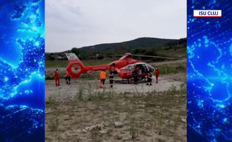 Dus cu elicopterul la spital, după ce a căzut de la mare înălțime. Cum a fost găsit