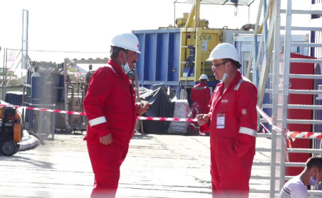 Lucrători la conducta de gaz