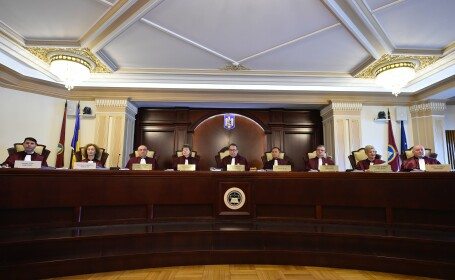 CCR discută sesizarea Guvernului asupra legii de acordare a stimulentelor de risc pentru profesori în perioada pandemiei