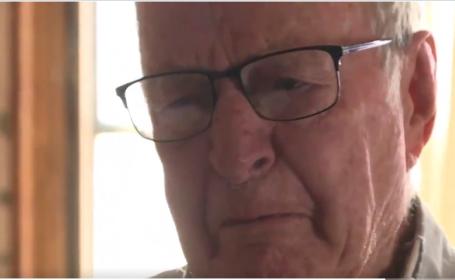 Un bătrân de 89 de ani care livra pizza pentru a supraviețui a primit un bacșiș de 12.000 de dolari
