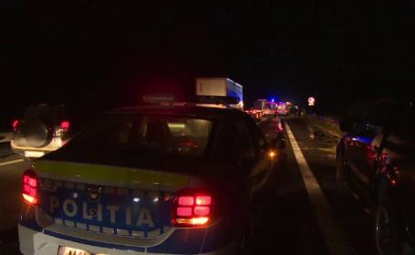 ANIMAŢIE GRAFICĂ: cum a avut loc accidentul în care 2 bărbați au murit după ce mașina lor a fost lovită de un polițist