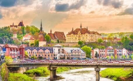 10 obiective turistice pe care nu le găsești decât în România